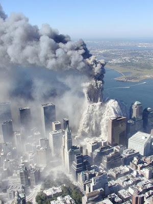 Cai por terra a versão do Governo Bush sobre 09/11